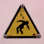 Sad things on the Streets of Paris, Pictogramme attention électricité danger de mort