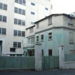 Paris Architecture, old house green parking guardian concierge métro Télégraphe