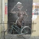 Paris Street Art, Paris 3eme, Popeye, femme culturiste et vélo