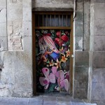 Francois Soulignac - Barcelona Street Art - Old door in wood with colored painting