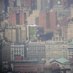 View from building top of the rock (rockefeller center) whit twin tourist (jumelles touristiques in french)