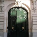 Paris Architecture | Porte d'entrée d'immeuble Haussmannien, Paris 9eme